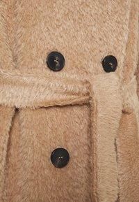 Marella - AGAR - Klasický kabát - cammello - 3