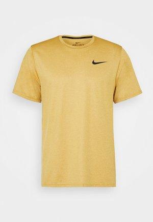 Camiseta básica - wheat/solar flare/black