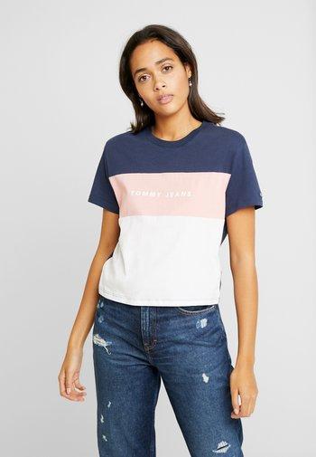 STRIPE LOGO TEE - Print T-shirt - classic white/multi