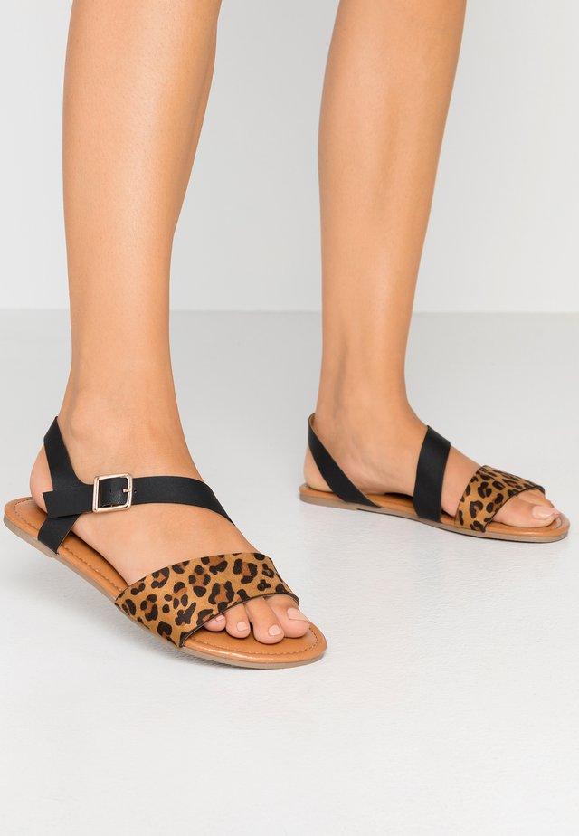 WIDE FIT FLORRIE ASYMETTRIC FLAT - Sandals - black
