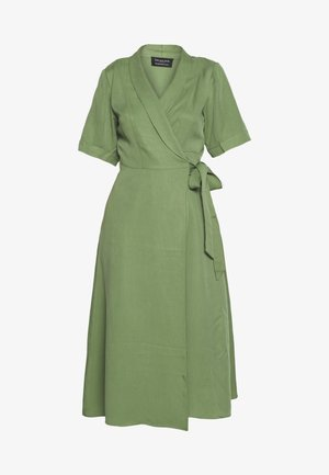 SLFTASIA 2/4 MIDI DRESS - Vestido camisero - light green