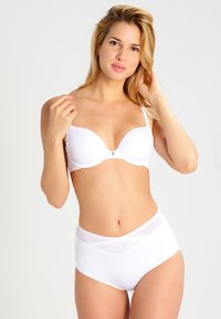 Triumph - BODY MAKEUP - T-skjorte-BH - white - 1