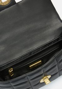 Versace Jeans Couture - QUILTED CROSSBODY - Across body bag - nero - 8