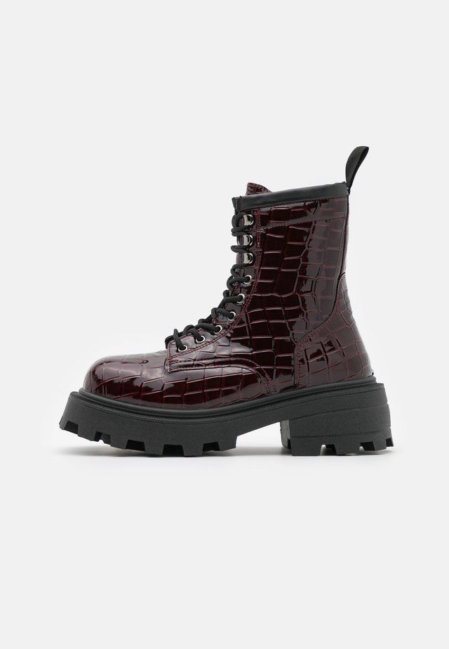 BAE SQUARE TOE LACE UP - Veterboots - burgundy