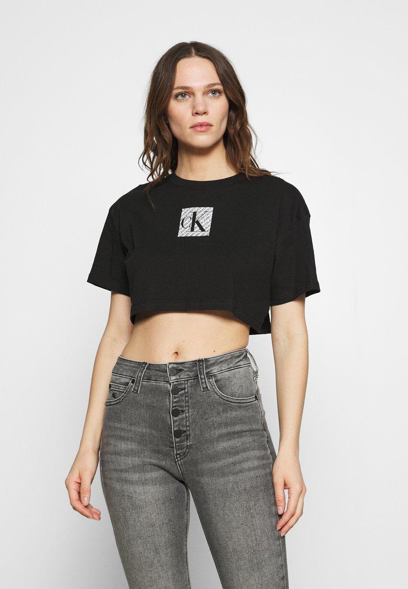 Calvin Klein Jeans - HOLOGRAM LOGO - Triko spotiskem - black