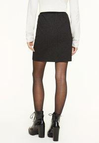 comma casual identity - MIT HERRINGBONE-MUSTER - A-line skirt - black heringbone - 2