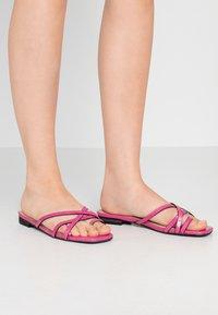 Head over Heels by Dune - LILLYY - Sandály s odděleným palcem - fuschia - 0