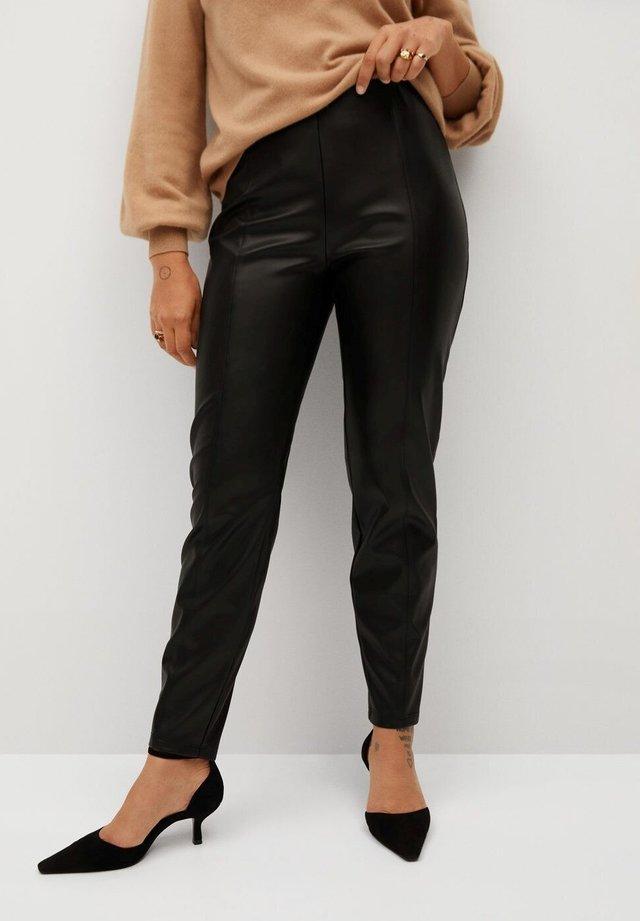 POLI - Spodnie skórzane - black