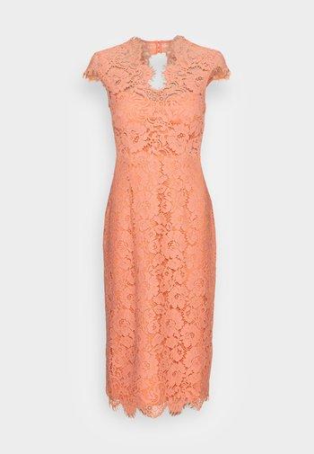 MARGARET - Vestido de cóctel - shell coral