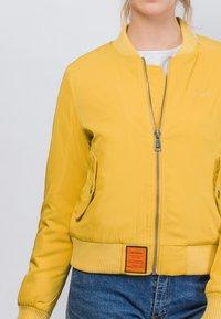 Bombers Original - ORIGINAL - Blouson Bomber - mustard yellow - 3