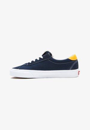 UA Vans Sport - Sneakers basse - (classicsport)drsblssffrn
