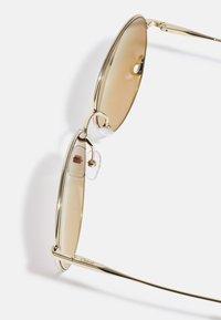 Chloé - Occhiali da sole - gold-coloured/brown - 2