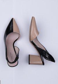 TJ Collection - Classic heels - beige - 4