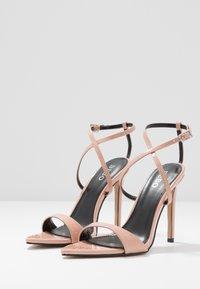 BEBO - SKITTLE - Sandaler med høye hæler - nude - 4