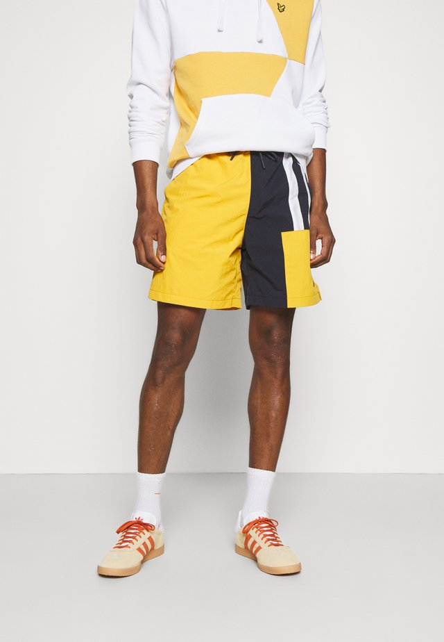 INSERT COLOUR BLOCK - Shorts - sunflower