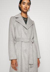Pieces - PCSISUN JACKET - Classic coat - light grey melange - 5