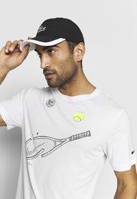Lacoste Sport - TENNIS CAP - Cappellino - black/white - 1