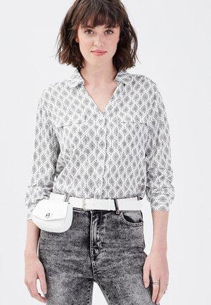 LANGARM - Overhemdblouse - blanc