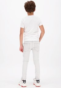 Vingino - HARVEY - Print T-shirt - real white - 1