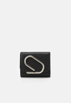 ALIX SMALL FLAP WALLET - Lommebok - black