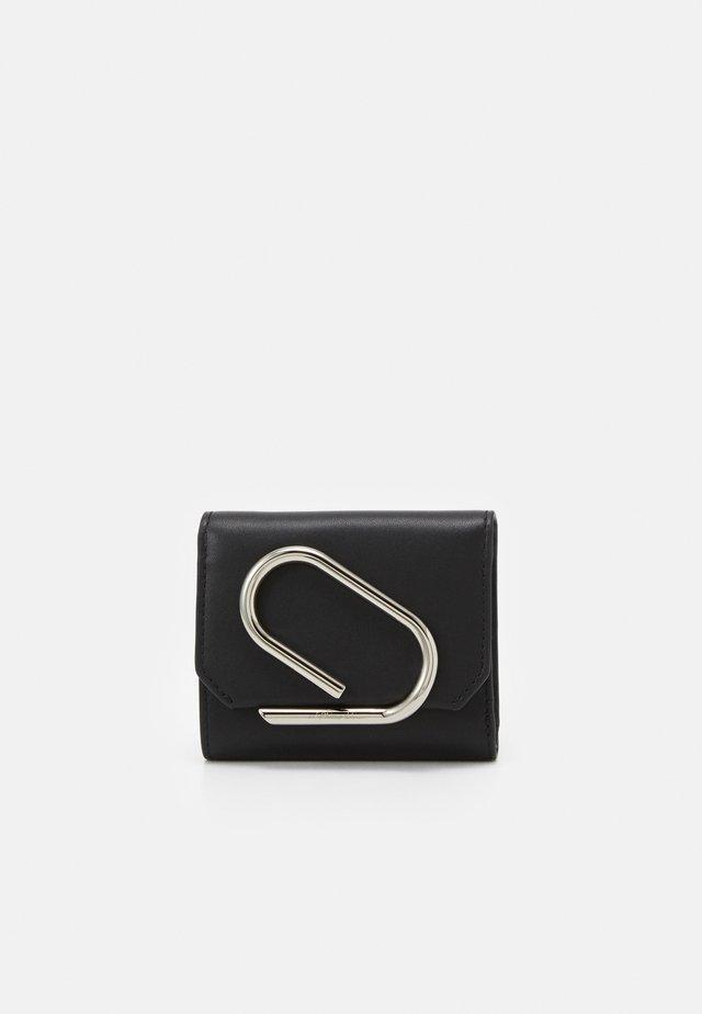 ALIX SMALL FLAP WALLET - Geldbörse - black