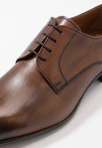 Doucal's - Šněrovací boty - fade cuir - 5