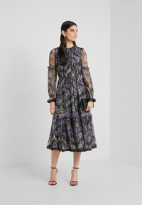 Needle & Thread - DITSY BALLERINA DRESS - Koktejlové šaty/ šaty na párty - graphite - 1
