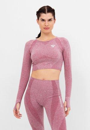 LONG SLEEVE RUSH+ SEAMLESS CROPPED LONG SLEEVE  - Sports shirt - pink