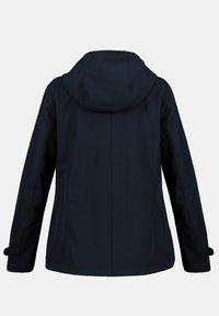 Ulla Popken - Soft shell jacket - navy - 3