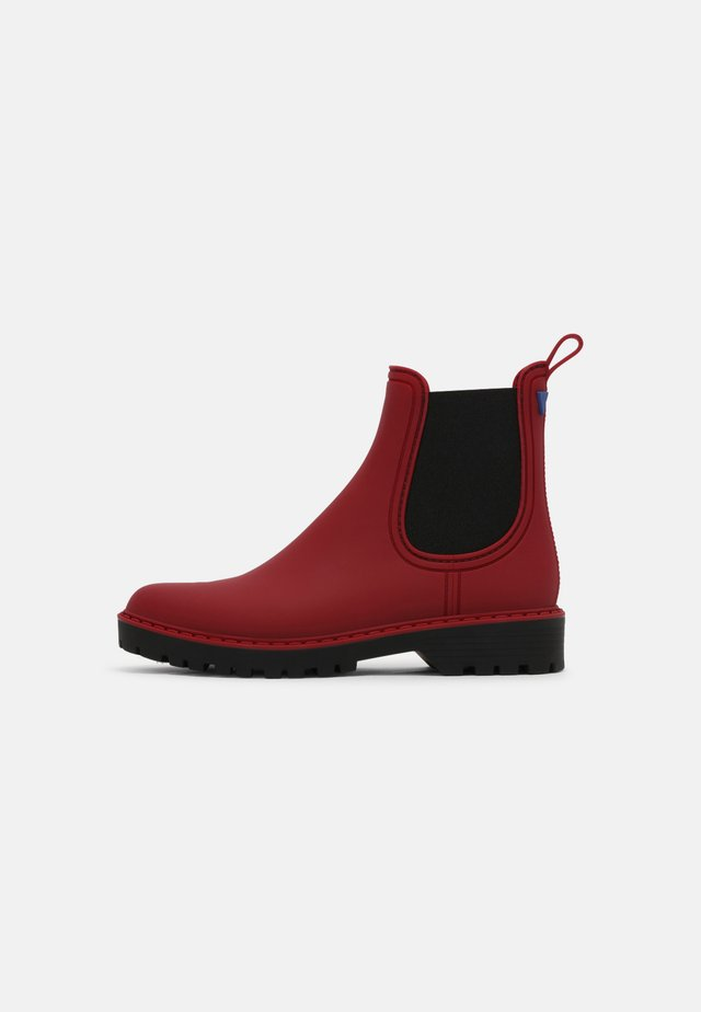 GAUDI - Wellies - cherry/black