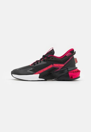 PROVOKE XT FTR - Sports shoes - black/white