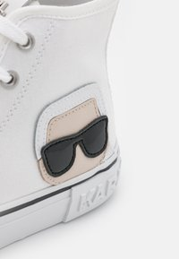 KARL LAGERFELD - KAMPUS IKONIC LACE - Sneaker high - white - 6
