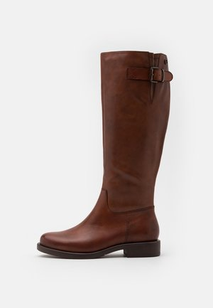 Boots - brandy