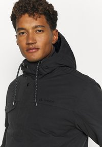 Vaude - MENS MANUKAU JACKET - Winter jacket - phantom - 3