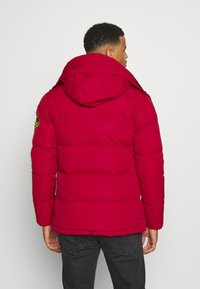 Alessandro Zavetti - OSHAWA PADDED - Winter jacket - red - 3