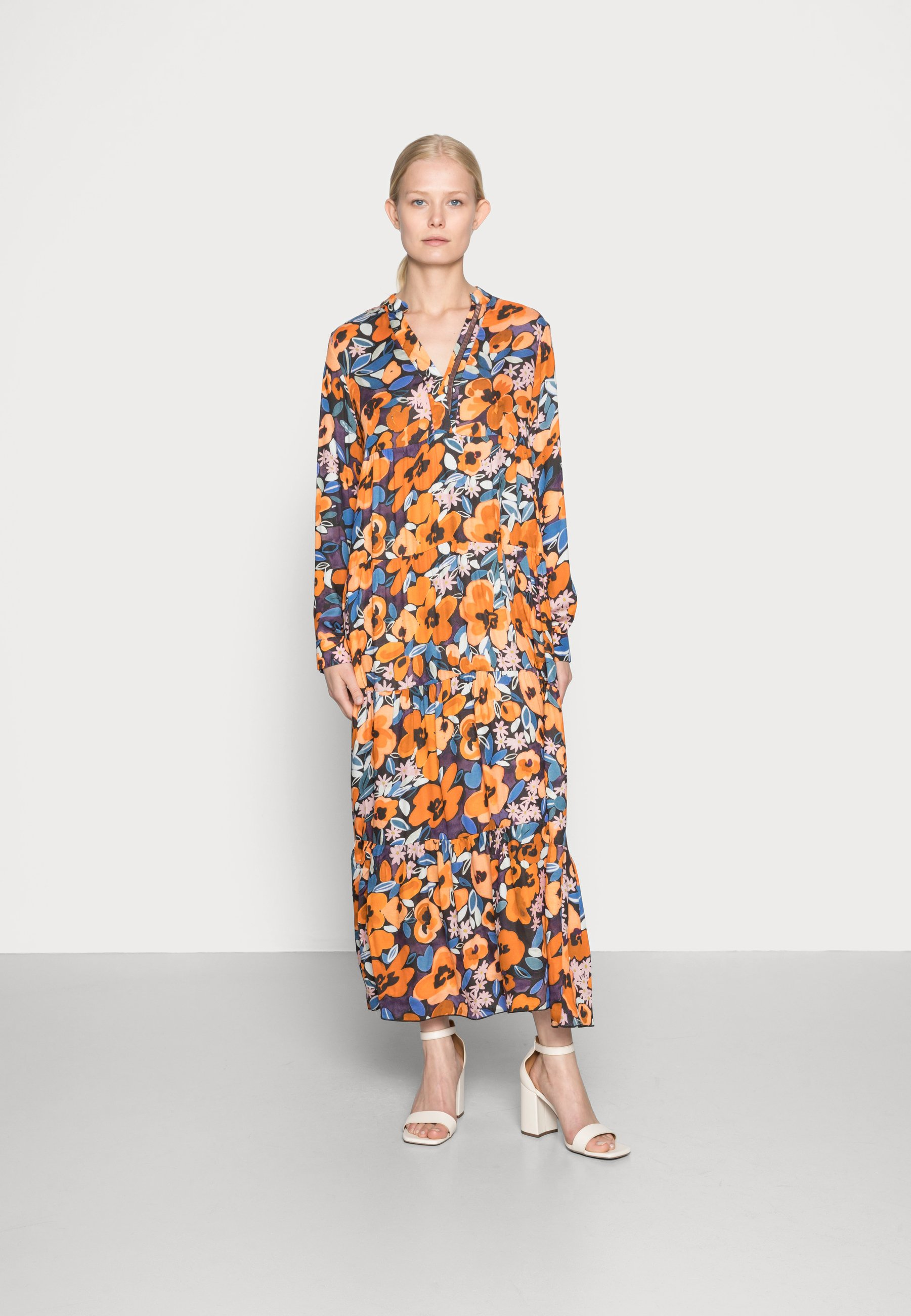 Women Day dress - black orange