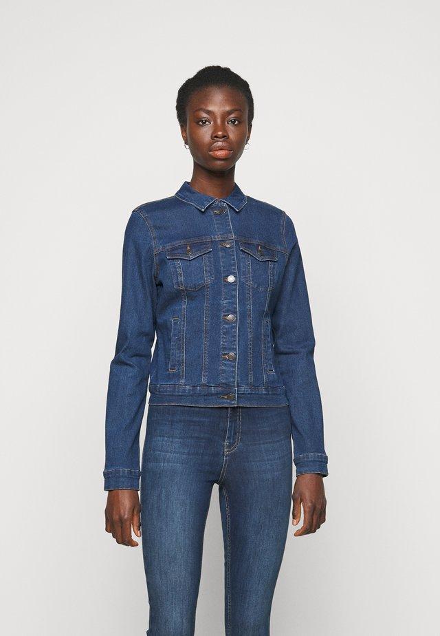 VMHOT SOYA JACKET - Kurtka jeansowa - medium blue denim