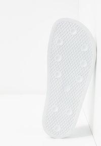 adidas Originals - ADILETTE - Mules - footwear white/offwhite - 4