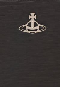 Vivienne Westwood - CROSSBODY - Across body bag - black - 5