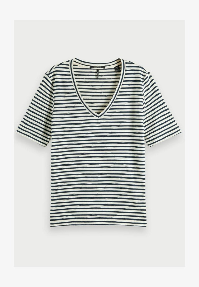 T-shirt print - combo c