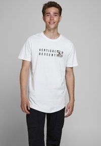 Jack & Jones - Print T-shirt - white - 0