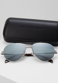 Alexander McQueen - Sunglasses - silver-coloured - 2