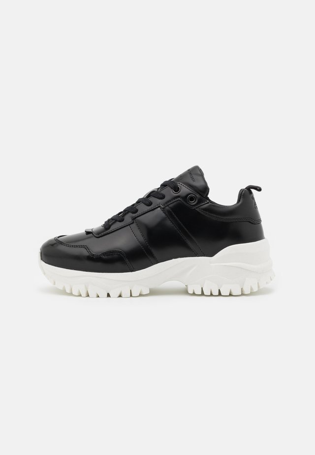 AFRIA  - Trainers - black
