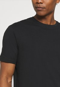 YOURTURN - 2 PACK UNISEX - T-shirt basic - black/green - 6