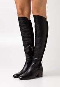 Tamaris - BOOTS - Kozačky nad kolena - black - 0