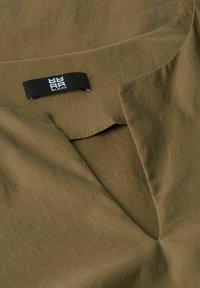 RIANI - Jersey dress - khaki - 3