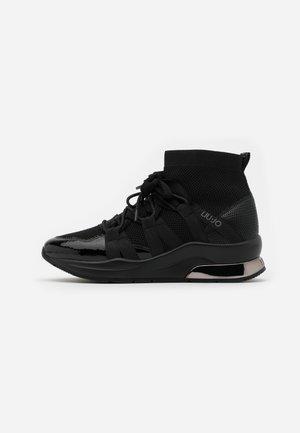 KARLIE  - Sneakers hoog - black