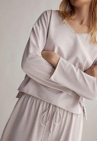 OYSHO - Pyjama top - mauve - 3