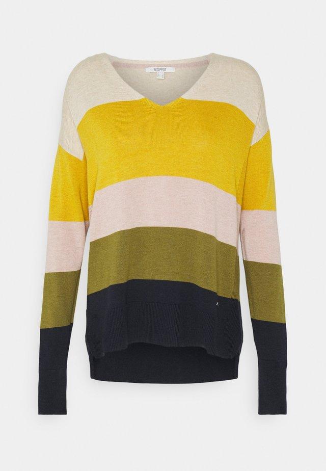 CORE - Jumper - brass yellow