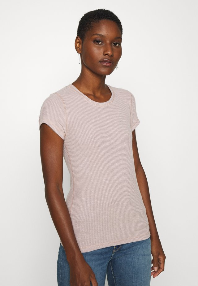 SLIM TEE - Basic T-shirt - pink